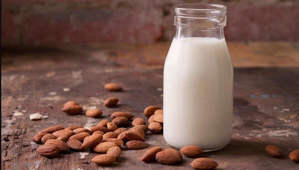 Миндальное молоко без казеина