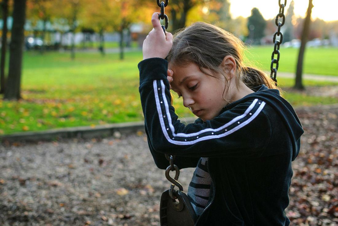 Признаки аутизма у подростков фото