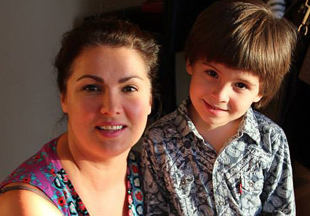 Фото Тьяго с мамой