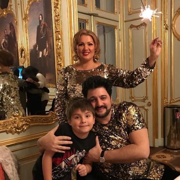 Фото семьи Нетребки