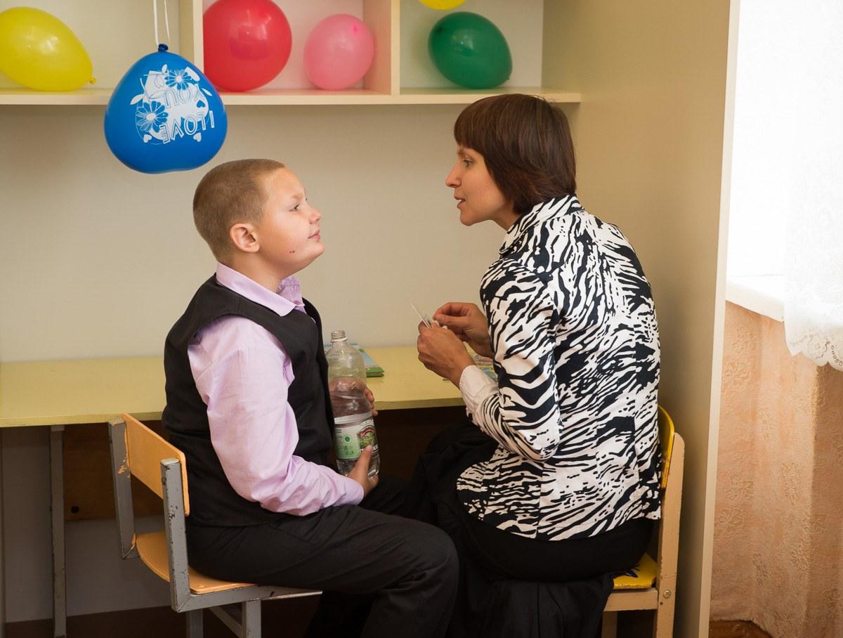 Выбрать няню для мальчика аутизм