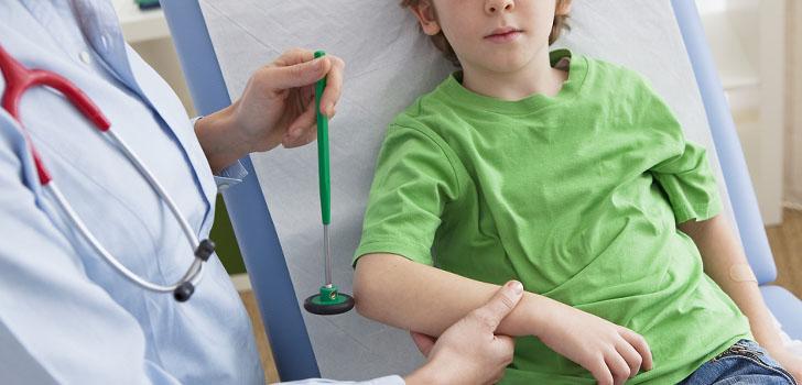 Невропатолог при аутизме