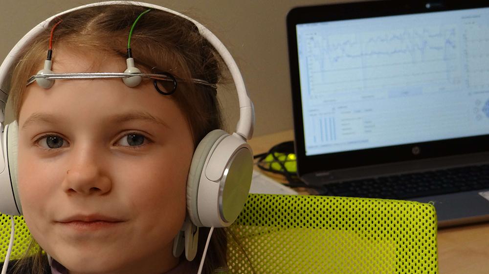 Специальные датчики - крепятся к голове биоакустический метод